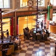 Ресторан «Роллер» фотографии