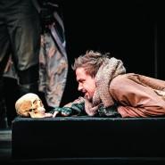 Спектакль «Гамлет» 2020 фотографии