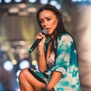Концерт певицы Molly и группы «Каста» 2019 фотографии
