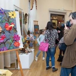 Выставка-конкурс «Весенняя палитра -2019»