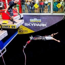 Юбилейный банджи-прыжок в «Скайпарке» 2018