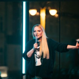 Шоу «Женский стендап» 2021