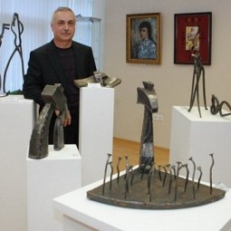 Выставка «66 до и после»