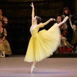 Балет «Лебединое озеро» в Зимнем театре