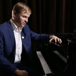 Концерт Олега Аккуратова 2020