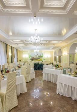Банкетный зал «Кипарис»