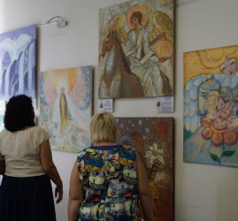 Выставка «Ангелы мира»