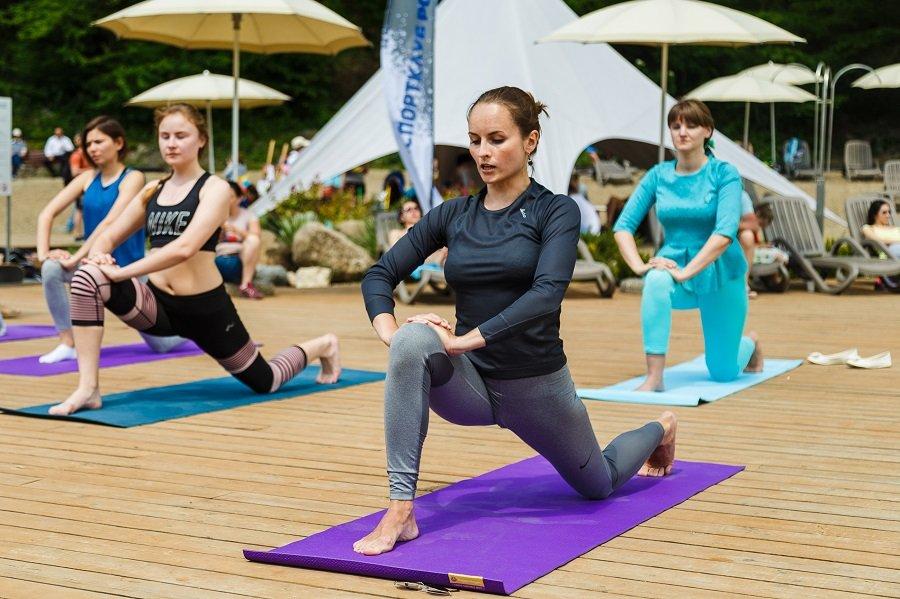 Международный день йоги на«Роза Хутор» 2019