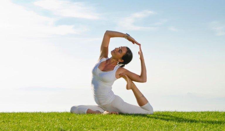 Международный день йоги впарке «Ривьера» 2019
