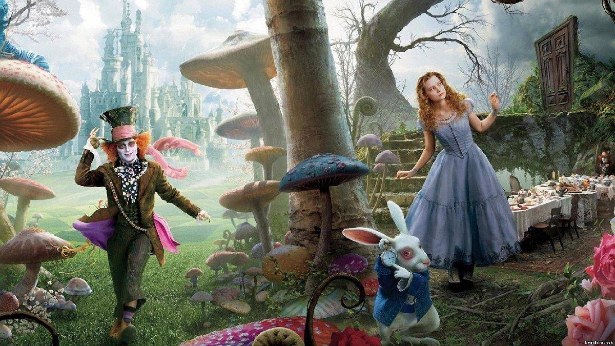 Спектакль «Новые приключения Алисы вСтране Чудес» 2018