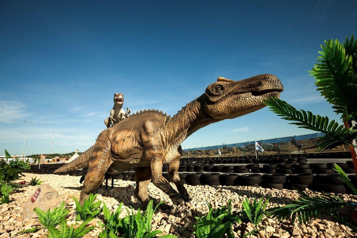 Парк динозавров «Затерянный мир»