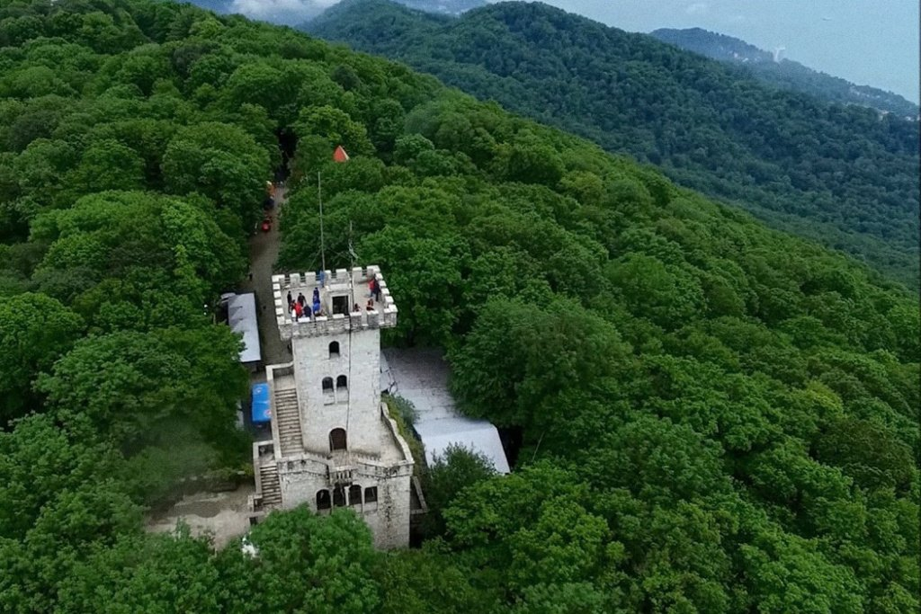 Открытие Смотровой башни нагоре Ахун 2020