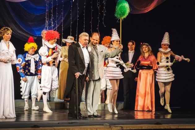 Концерт «Весь мир– театр!»