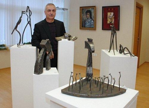 Выставка «66 дои после»