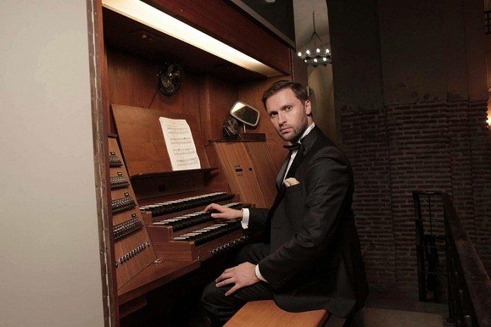 Концерт органиста Луки Гаделии 2017