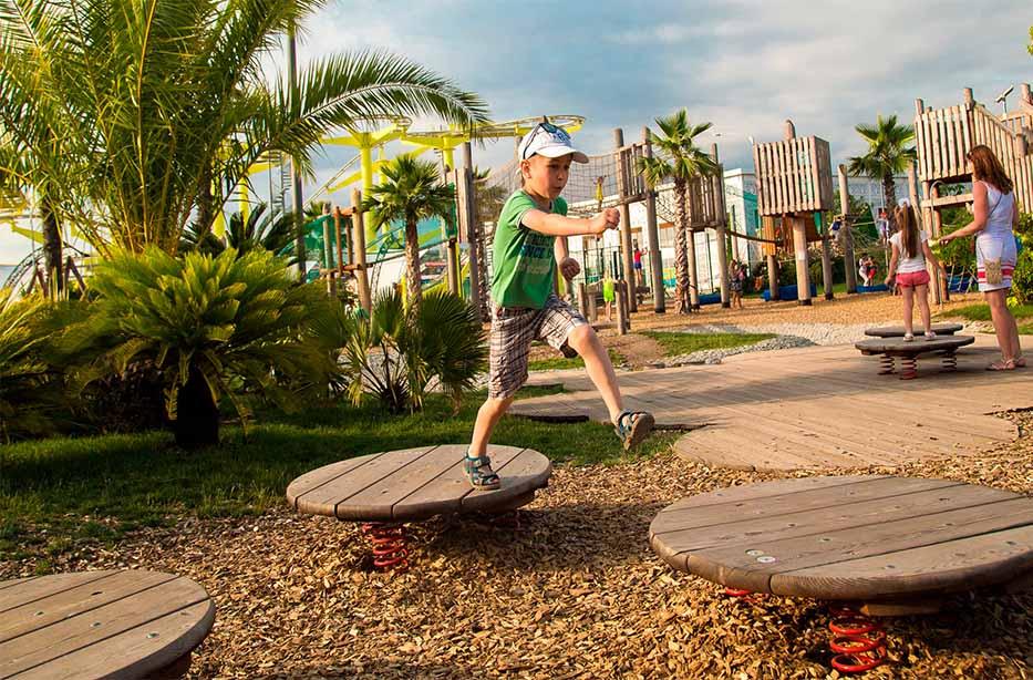 Открытые игровые площадки вСочи Парке 2018